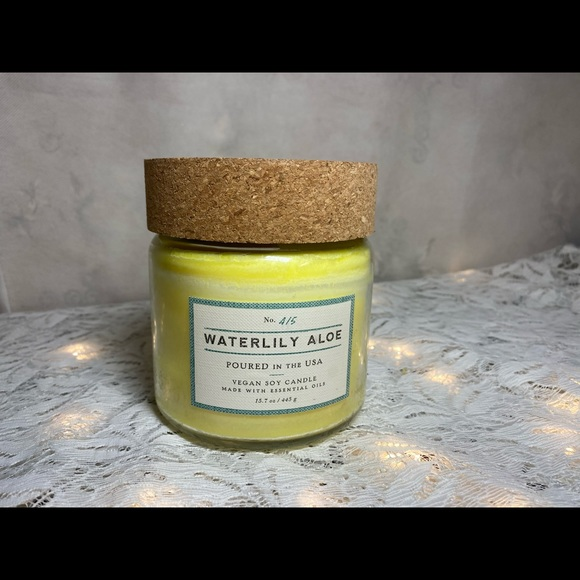 Vegan Soy Candle Waterlily Aloe No. 415 Candle Jar